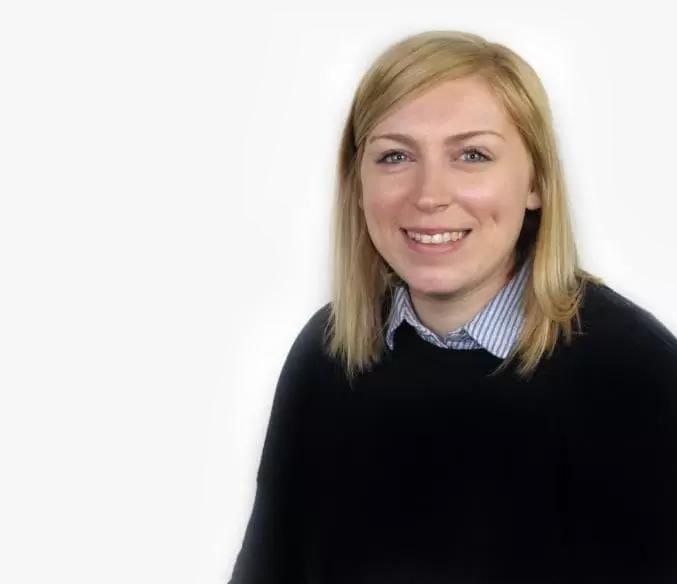 Chloe Dix, Portafina Staff